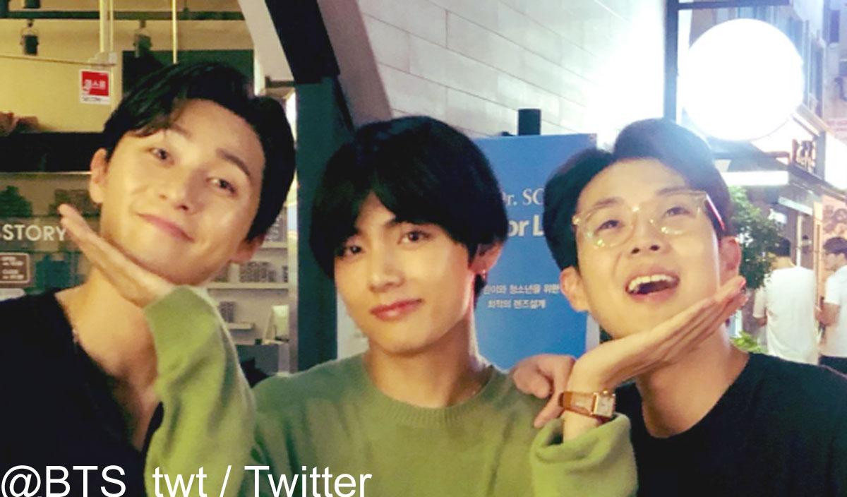 (左)パク・ソジュン(中央)BTS V(右)チェ・ウシク