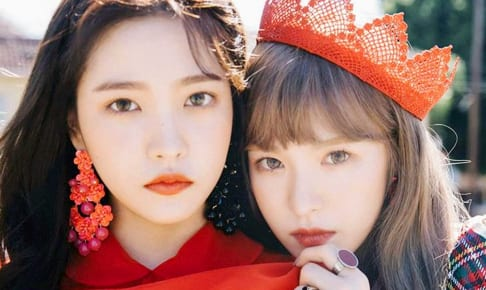 Red Velvetイェリ、ウェンディ(右)