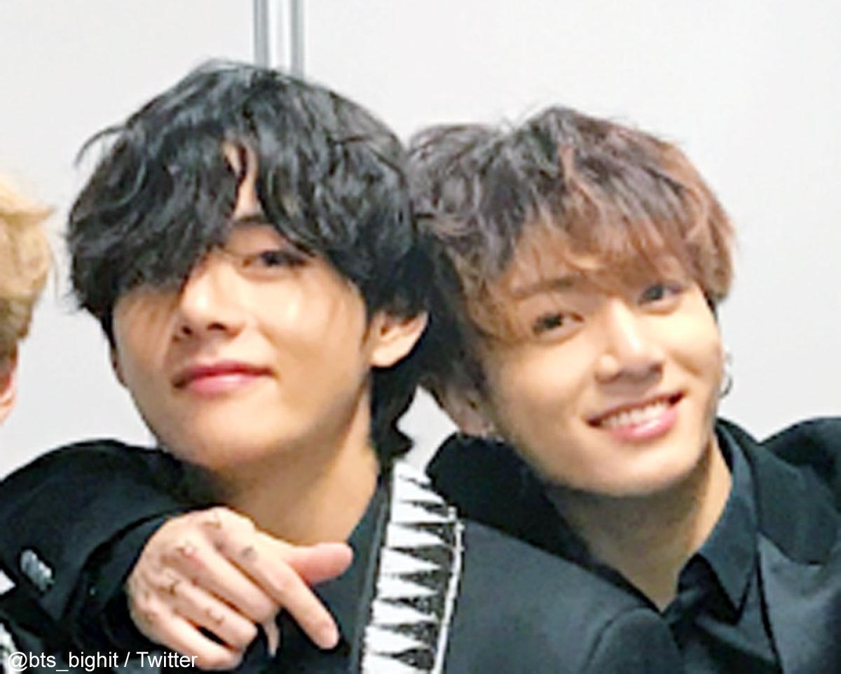 (左)BTS V(右)BTS ジョングク