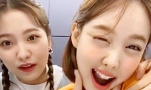 Red Velvetイェリ、TWICEナヨン(右)