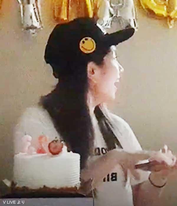 メンバーのサプライズ登場に驚くダヒョン