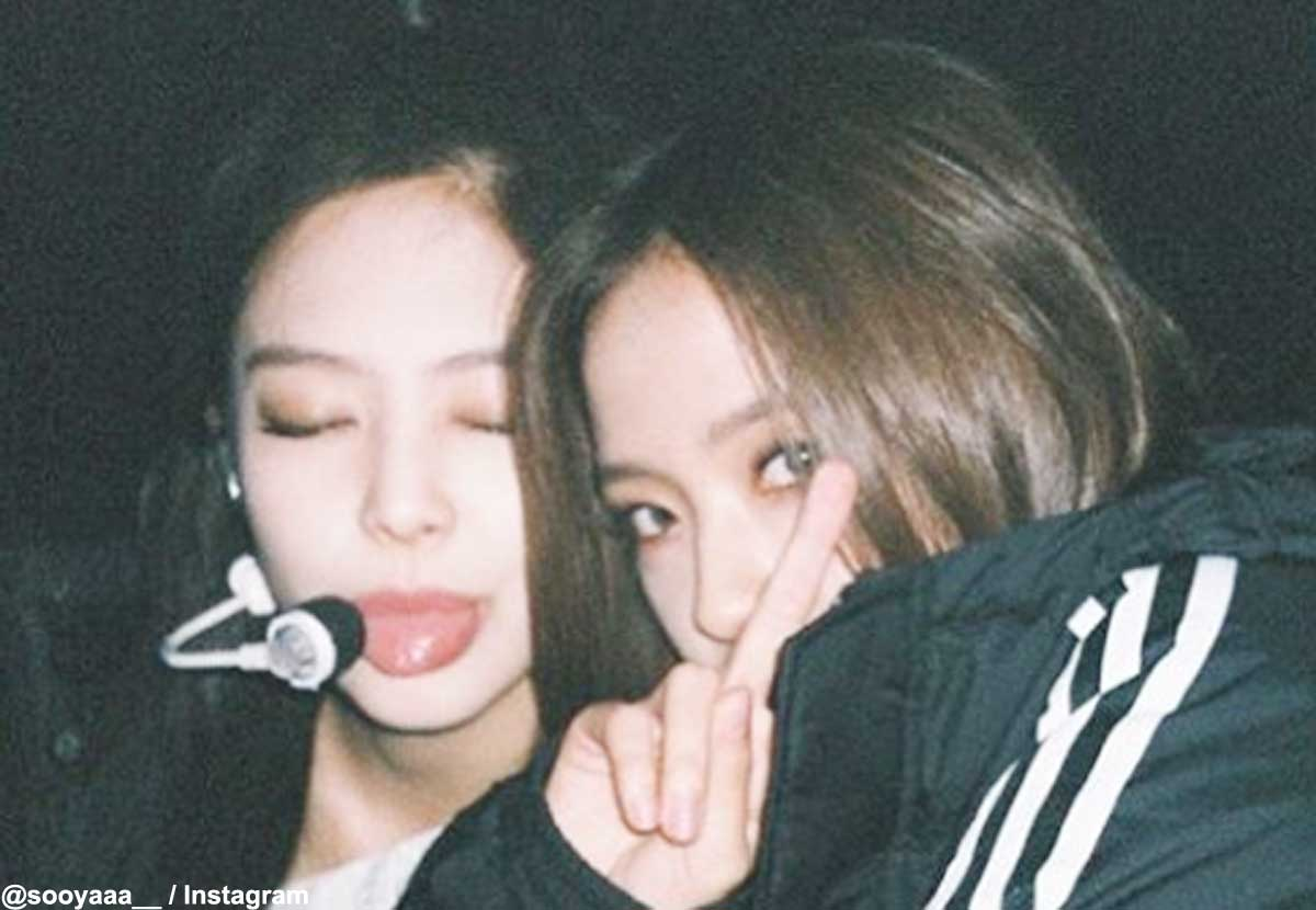 BLACKPINK ジェニー(左)、ジス
