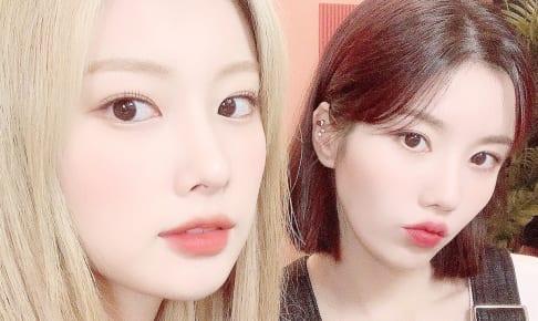 IZ*ONE ヘウォン(左)とウンビ(右)