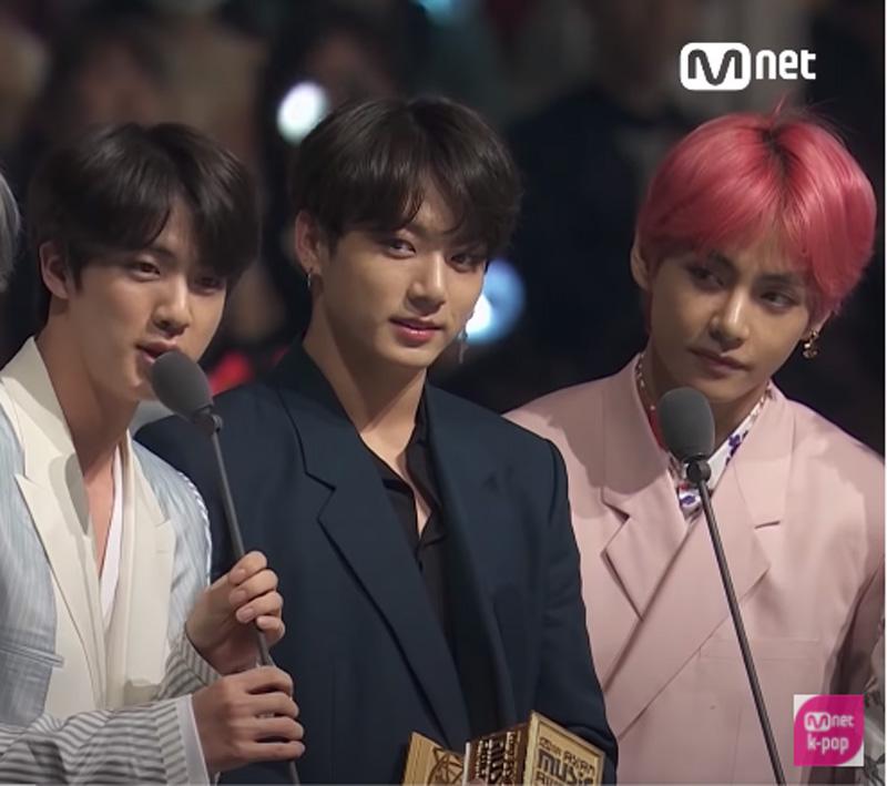 左からジン、ジョングク、V(Mnet K-POP)