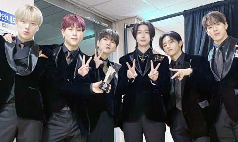 MONSTA X(左からミニョク、ジュホン、キヒョン、ヒョンウォン、I.M、ショヌ)