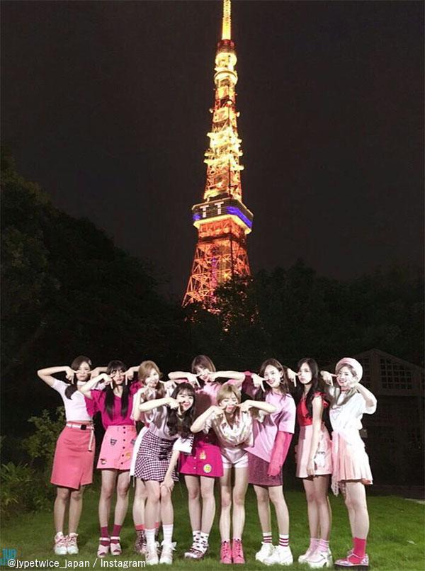 東京タワーとTWICE