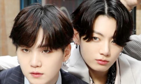 (左)BTS シュガ(右)ジョングク