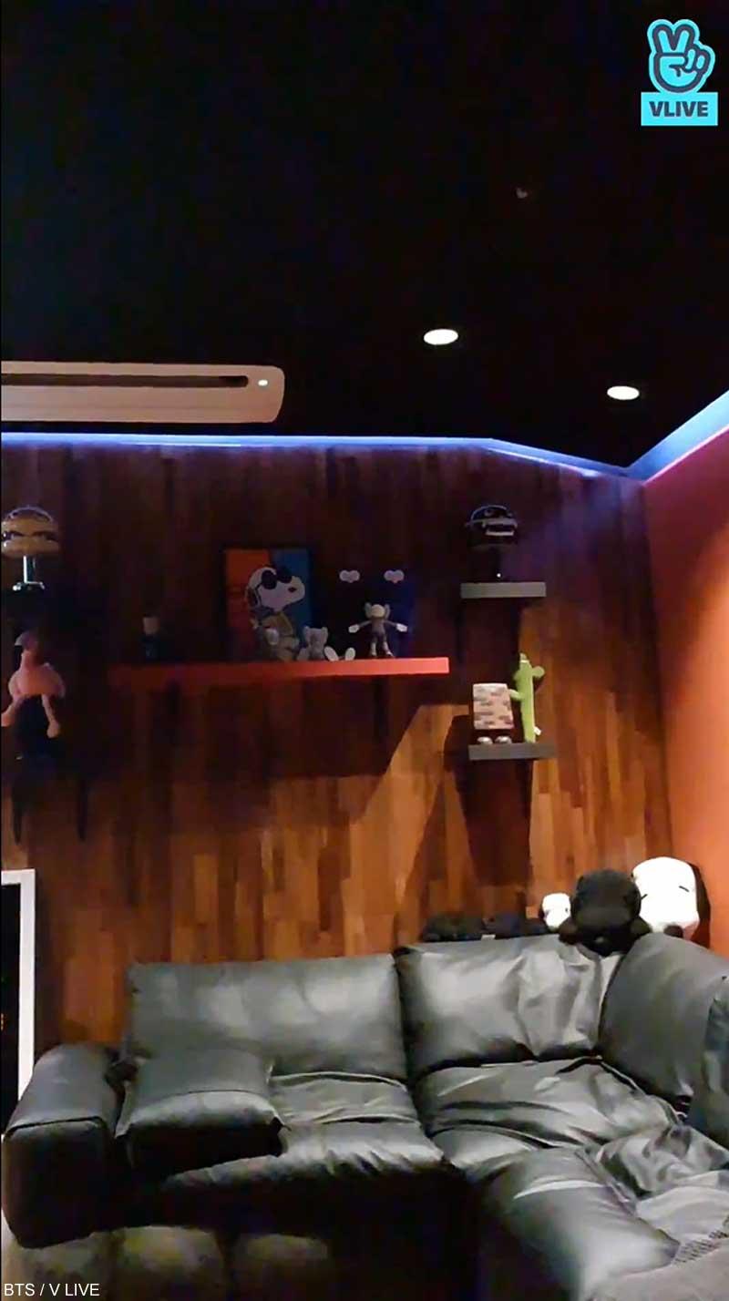BTS J-HOPEの作業室